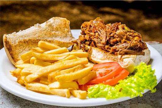 Barthodomeu investe em pratos com costela em seu novo menu