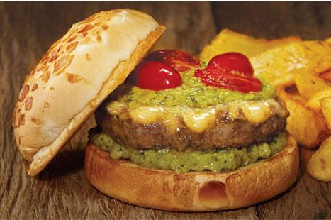 Hambúrguer: receitas tradicionais versus sabores surpreendentes