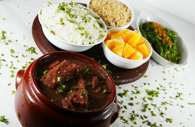 Bares e restaurantes preparam programação especial para a Copa do Mundo