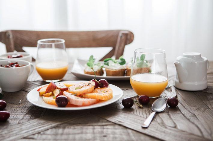 Quais alimentos que não podem faltar no café da manhã