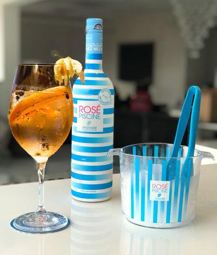 Rosé Piscine te ensina a fazer um drink cítrico perfeito
