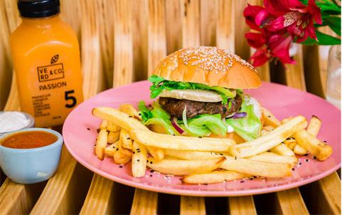 Restaurante curitibano lança versão saudável de hambúrguer