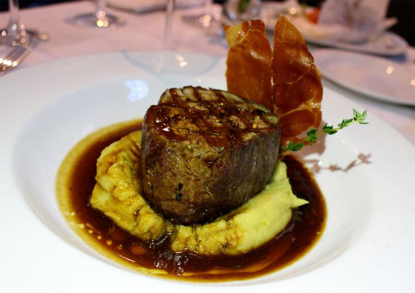 """""""Sugestão do Chef"""" do bistrô La Palette traz opções de pratos diferenciados"""