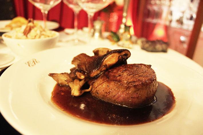 Restaurante de Erick Jacquin menu especial para o Dia dos Namorados