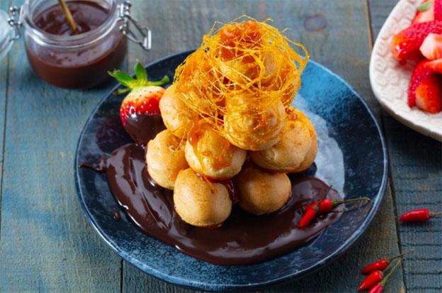 Aprenda a combinar chocolate com pimenta e surpreenda na sobremesa