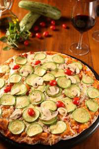 Villa Roma lança cardápio degustação com mais de 50 opções de pizzas por preço único